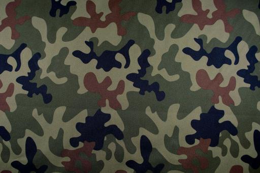 Polyester-Stoff - reißfest und wasserdicht - Camouflage
